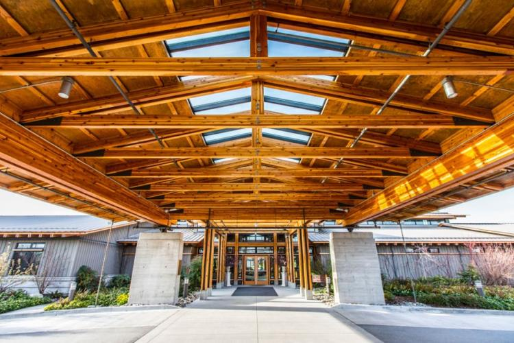 Riverway Clubhouse grand entrance