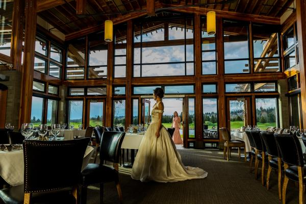 Beautiful bride at the stunning Riverway Clubhouse
